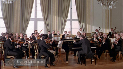 Barenboim plays Mozart Trailer