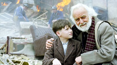 Goodnight Mister Tom Trailer