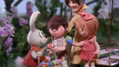 Here Comes Peter Cottontail Trailer