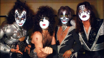 Kiss [1977] Live in Tokyo Trailer