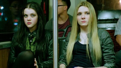 Perfect Sisters Trailer