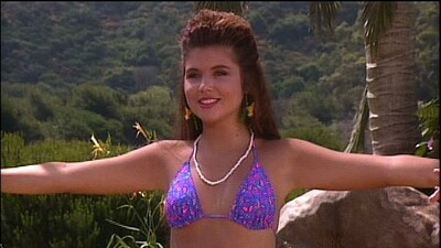 Saved by the Bell: Hawaiian Style Trailer