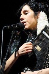PJ Harvey in Concert - Paris 2011 Trailer
