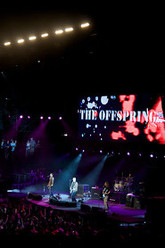 The Offspring: Live at Verizon Wireless Amphitheater (KROQ Weenie Roast), May 2008 Trailer